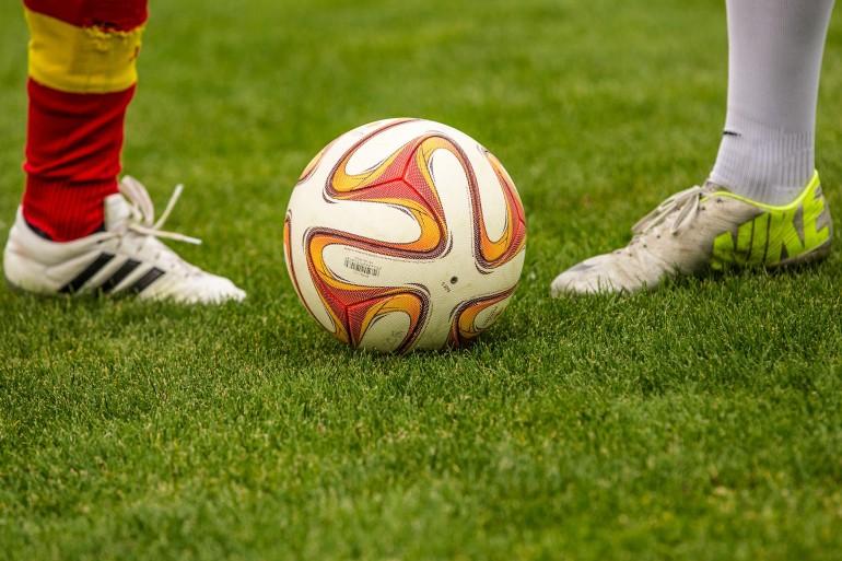 football-1350720_1920